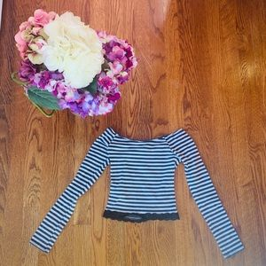 A&F Kids Black and White Long Sleeved Crop Top
